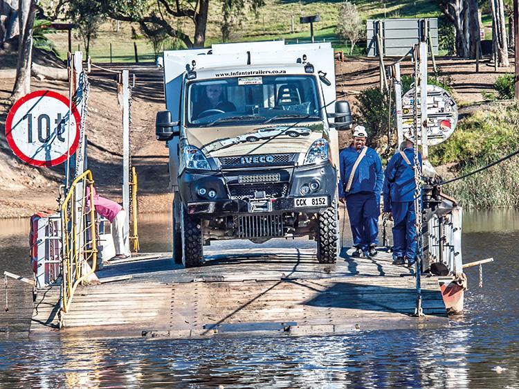 Infanta Iveco crossing Malgas point