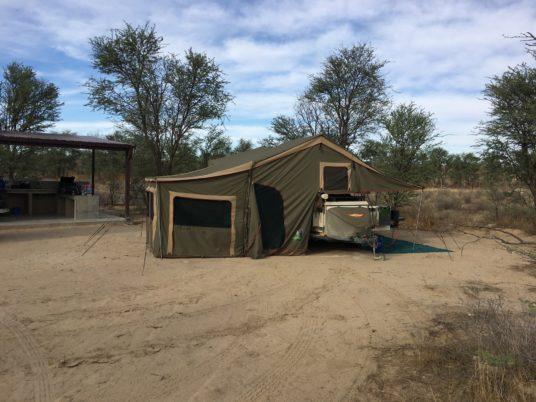Hanli van der Walt camping